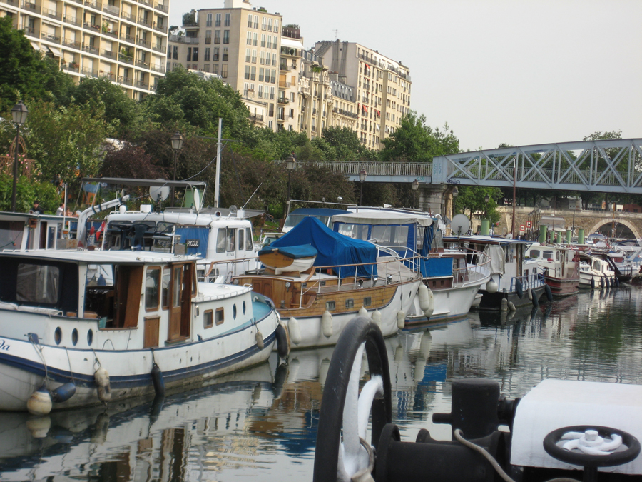 Houseboats on the Seine